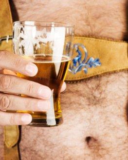 Alkoholkonsum - Bauchfett erhöht das Prostakrebsrisiko