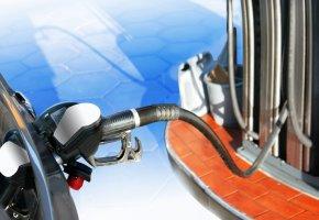Alte Fahrzeuge können E-10 Benzin nicht gefahrlos tanken