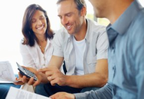 Altersabsicherung - Beratungsgespräch mit dem Finanzberater
