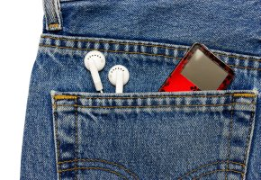 Apple iPod in der Jeanshose
