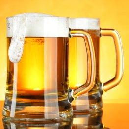 Bier mit einer schönen Schaumkrone