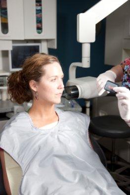 Gefährliche Strahlung: Bissflügelaufnahme beim Zahnarzt