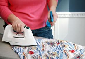Bügeln, Bügeleisen und Bügelbrett wertvolle Tipps für zu Hause
