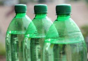 Chemikalie Polykarbonat: Bisphenol A in Plastikflaschen