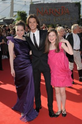 Darsteller Anne Popplewell, Ben Barnes and Georgie Henley aus den Chroniken von Narnia