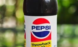 Das neue Retro-Getränk Pepsi Throwback mit Zucker