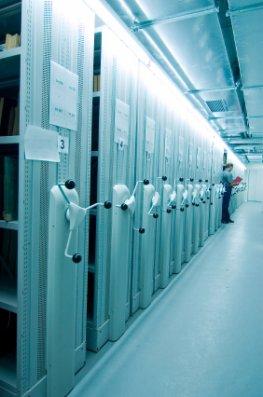 Datensammler - ein riesiges Archiv mit gesammelten Daten