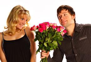 Dating: Single treffen sich zum ersten Date
