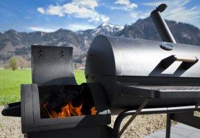 Der Barbecue Smoker ist ideal zum Grillen und Räuchern