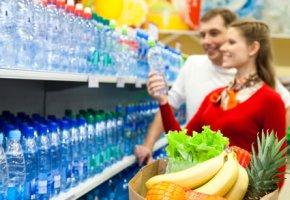 Der Getränkehandel bietet eine große Auswahl an Mineralwasser