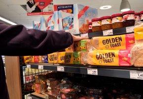 Der Gewinner: Buttertoast von Golden Toast - Brotkauf im Supermarkt