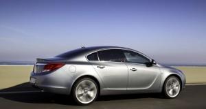 Der Opel-Insignia BiTurbo in der Seitenansicht