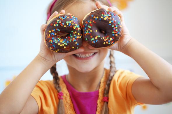 Typische amerikanische Donuts zum Dessert.