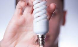 Die 24-Watt Pulsplasma Energiesparlampe kommt ohne Quecksilber aus