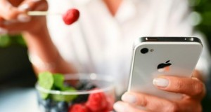 Immer mehr Menschen nutzen das Smartphone um ihre Gesundheitsdaten zu speichern.