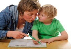 Down-Syndrom - ein Kind mit Pädagogin