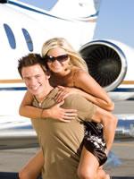 Ein erfolgreicher Mann mit Freundin