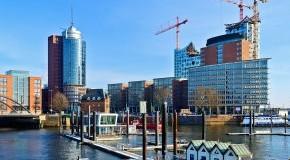 Hamburger Hafen - ein neuer Stadtteil entsteht: die HafenCity