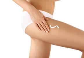 Eincremen gegen Cellulite