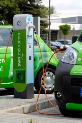 Elektroautos beim Aufladen