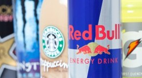 Der Genuss von Energy-Drinks kann zu Herzrhythmusstörungen führen