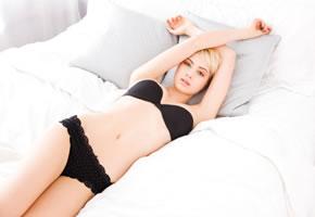 Erotik pur, eine schöne Frau in Dessous