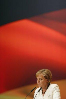 Kanzlerin Frau Dr. Merkel hört zu - die Meinung der Bürger ist gefragt