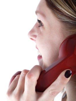 Fernbeziehung: Kommunikation über das Telefon