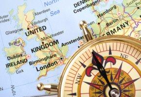 Eine Firmengründung im Ausland ist oft günstiger und einfacher
