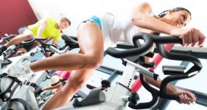 Fitnesstraining im Studio