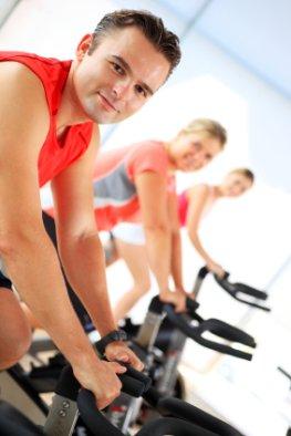 Fitnesstraining - (Kardio) warm machen auf dem Fahrrad
