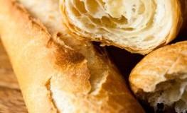Frisch gebackenes Baguette