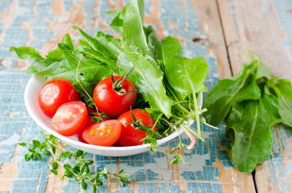 Blattspinat: Spinat enthält viele gesunde Nährstoffe.