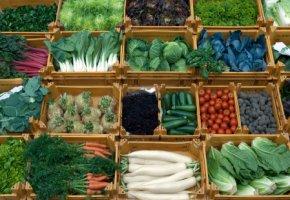 Frisches Gemüse enthält viele Ballaststoffe