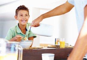 Frühstück mit dem Sohn