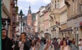 Fußgängerzone im Herzen von Heidelberg