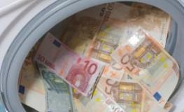 Geldwäscherei - unversteuertes Geld wird gewaschen