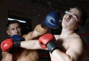 Gerade im Boxsport kommt es häufig zu einem Schädel-Hirn-Trauma