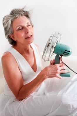 Hohe Temperaturen - gerade Senioren leiden unter der großen Hitze