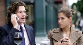 Angespannte Situation - das Smartphone als Beziehungskiller