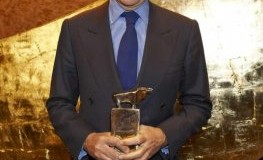 GOLDENER BULLE - Edouard Carmignac bei der Preisverleihung