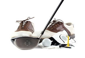 Golf Ausrüstung: Golfschläger, Golfschuhe und Golfball