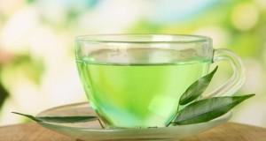 Grüner Tee enthält jede Menge Antioxidantien, in Verbindung mit Milch, wird die Wirkung verstärkt.