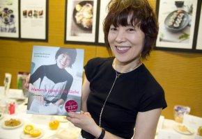 Kochbuchpremiere in der japanischen Botschaft : Harumi Kurihara