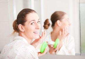 Hautpflege mit einer Hautcreme