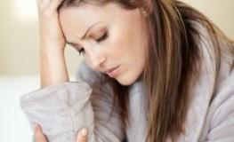 Heftiger Cluster-Kopfschmerz plagt diese Frau