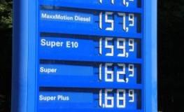 Hohe Kraftstoffpreise - Autofahren ist in Deutschland teuer geworden