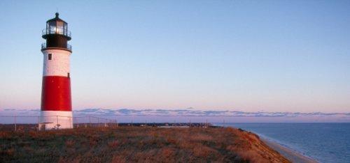 Insel Nantucket: Leuchtturmlicht scheint über dem Atlantik
