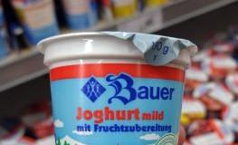 Joghurt mit Fruchtzubereitung hat einen Fruchtgehalt von 3,5%