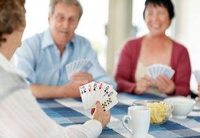 Karten spielen fördert die Konzentration und Aufmerksamkeit